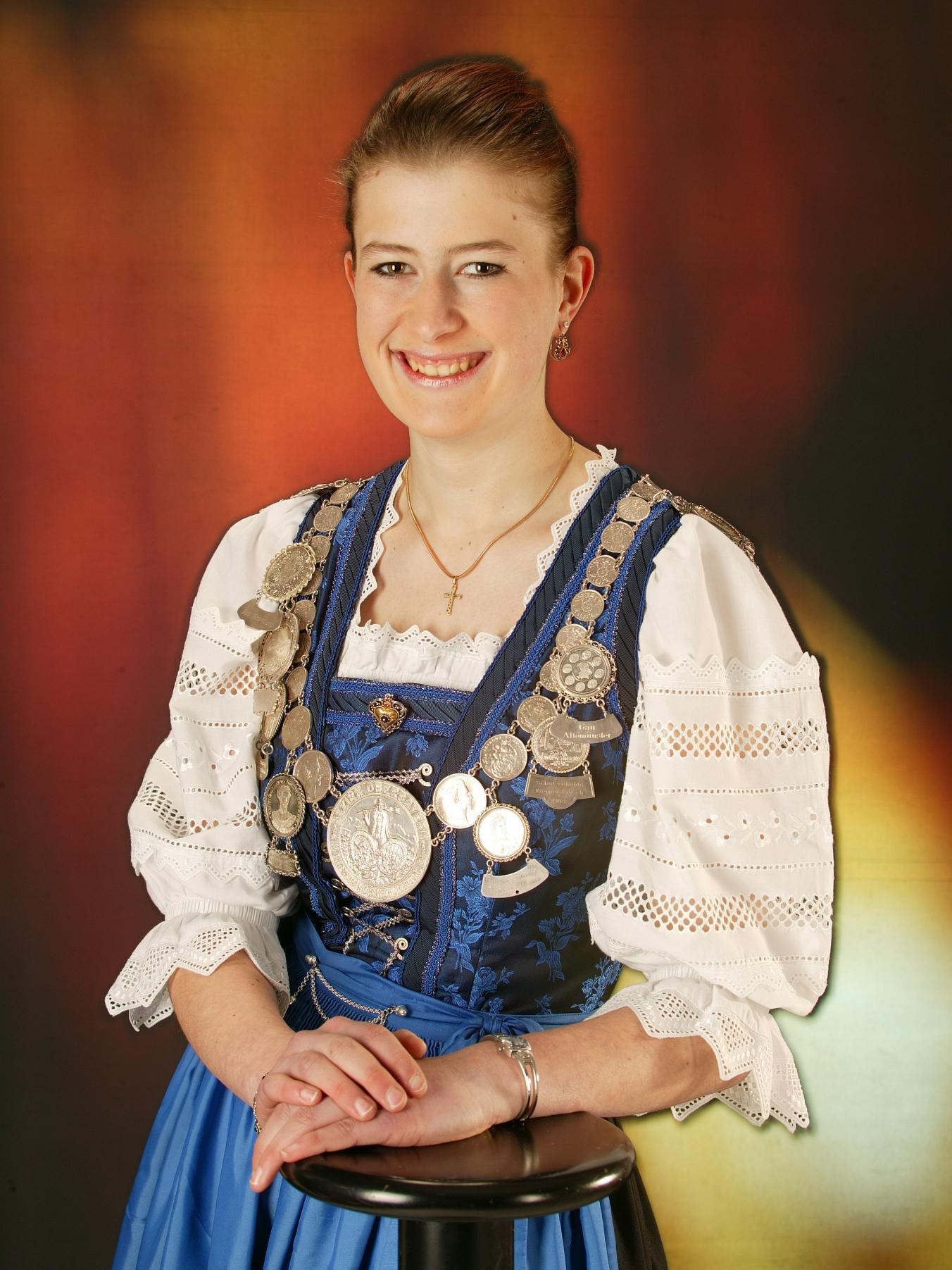 Elisabeth Holl